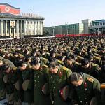 北朝鮮、服喪期間中の携帯使用は「戦争犯罪者」扱い