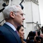 エクアドル政府がジュリアン・アサンジの亡命を認める、英国「認めない」