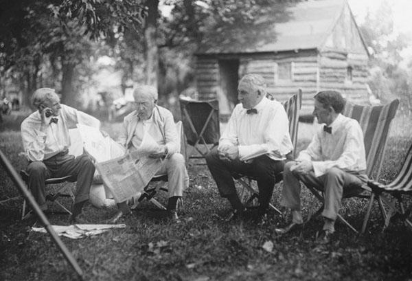 ヘンリー・フォード、トーマス・エジソン、ウォレン・ハーディング、ハービー・ファイアストン