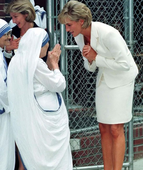 マザー・テレサとダイアナ妃