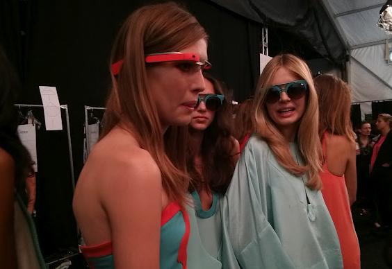 グーグルメガネがNYコレクションでデビュー