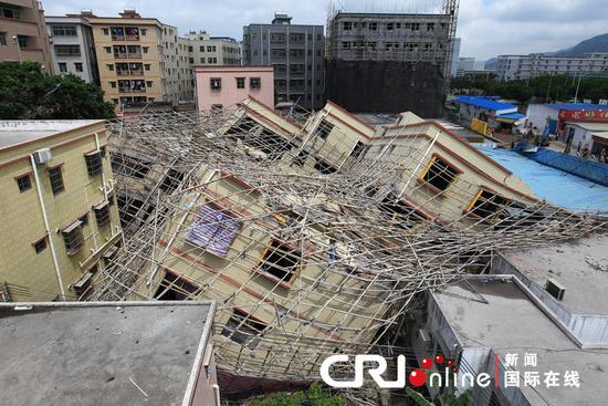 突然ビルが崩壊2 中国ならではニュース