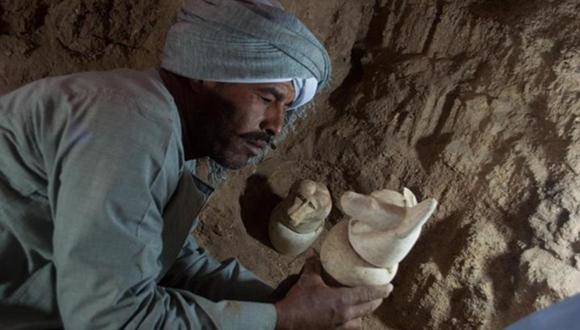 ルクソールで新たに発見された墓、カノプス壺