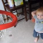 【動画】天才バスケット赤ちゃん現る!シュートを決めまくるすごい2歳児