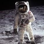 宇宙飛行士はボーイスカウトから始まる: 月面歩いた12人中11人がスカウト出身