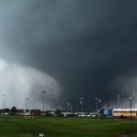 オクラホマ竜巻、YouTubeにアップされた衝撃の竜巻・被災地映像