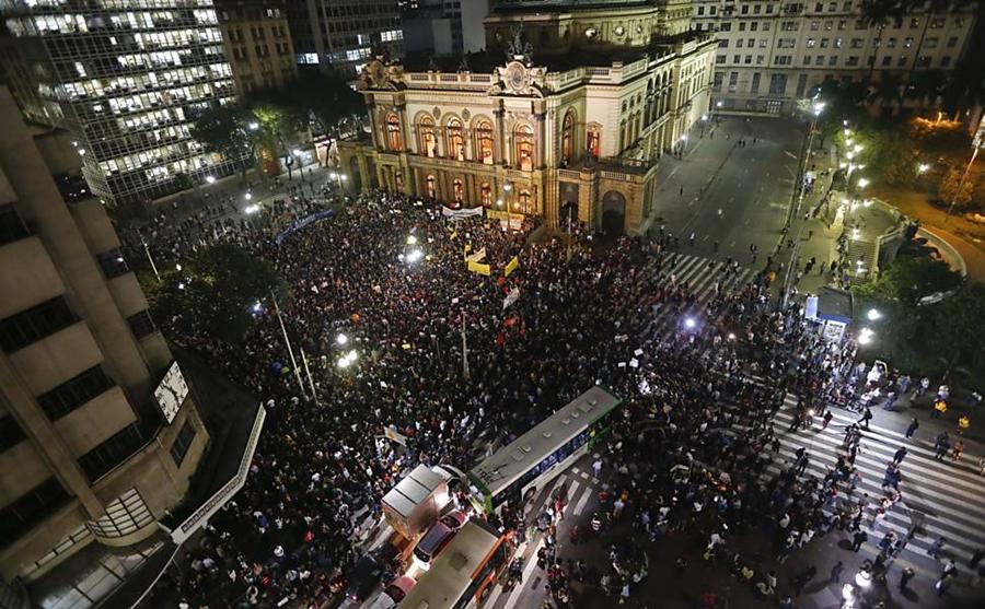 ブラジル サンパウロ デモ