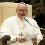 フランシスコ法王の教戒、「聖職者たるもの質素な車に乗りなさい」