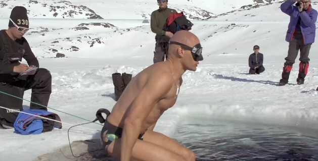 氷の湖をダイブ2