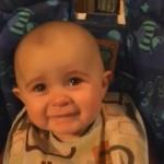 【動画】お母さんの歌に涙を流しながら聞き入るエモーショナルな赤ちゃん