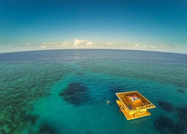 タンザニア 水中ホテル1
