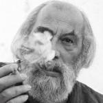 【画像】双子で検証、タバコを吸う人は老けるのが早い?