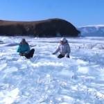 最高にクールな音楽!?凍りついた湖をたたいて神秘的なドラムセッション