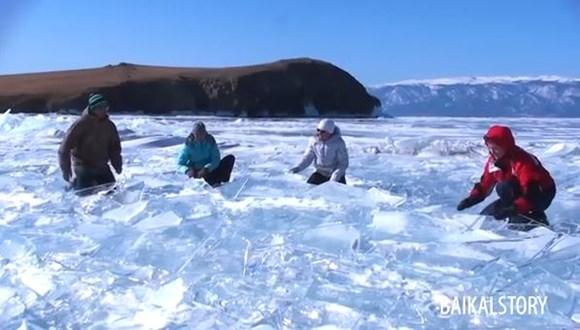 湖の氷 ドラム