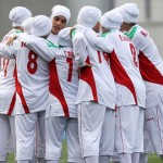 イランの女子サッカー代表、4人が女性じゃなかった