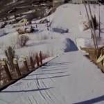 初めてのスキージャンプ: 手に汗握るヘッドカメラ映像