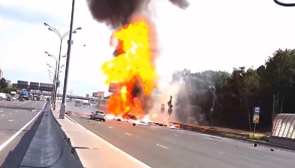 トラック爆発 ロシア