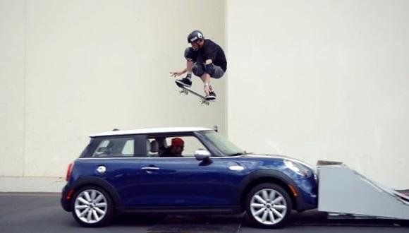 トニーホーク 車ジャンプ