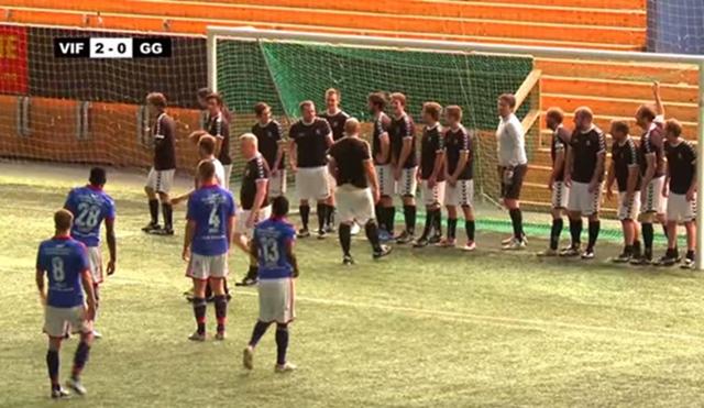 サッカー 11対22