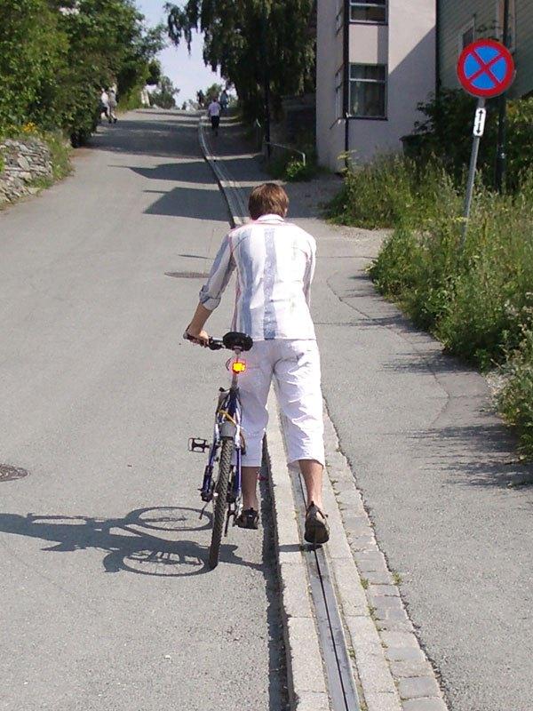 ノルウェー 自転車エスカレーター8