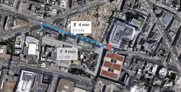 マンション・ハウス駅からキャノン・ストリート駅 ロンドン