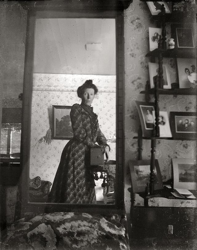 1900年 自分撮り