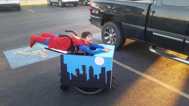 車いすスーパーマン
