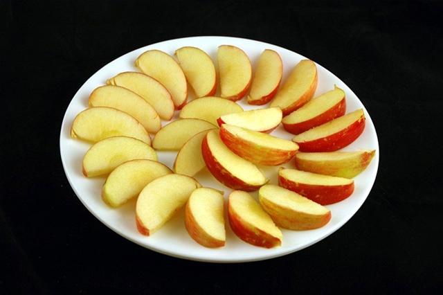 200カロリー リンゴ