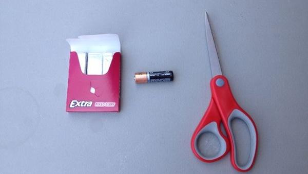 電池とガムの紙 火1