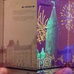 【画像】ブラックライトで光るカナダの新パスポートがちょっとだけカッコいい