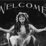 【画像】100年前のアメリカ映画館のレトロな「マナーポスター」