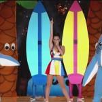 【GIF】スーパーボウル2015のハーフタイムショーは「サメ」が主役に