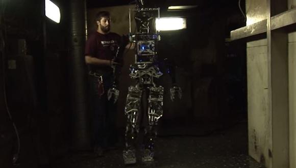 アメリカ海軍 消防ロボット1