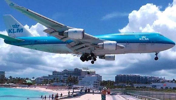 マホ・ビーチ 飛行機