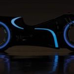 映画『トロン』の近未来バイク「ライトサイクル」がオークションに出品予定