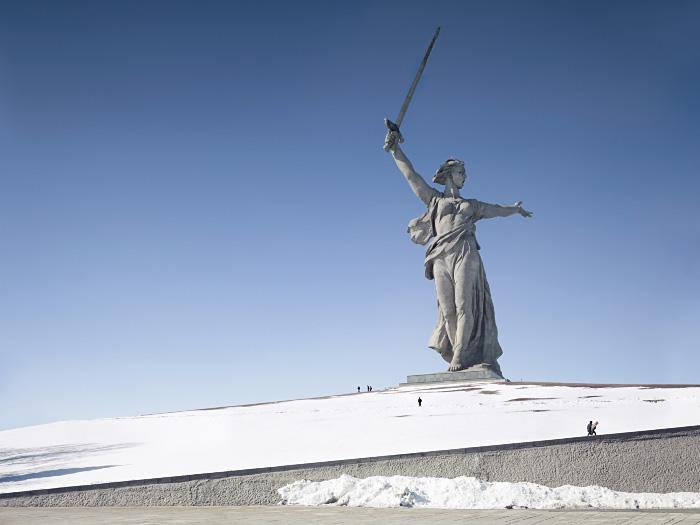 母なる祖国像
