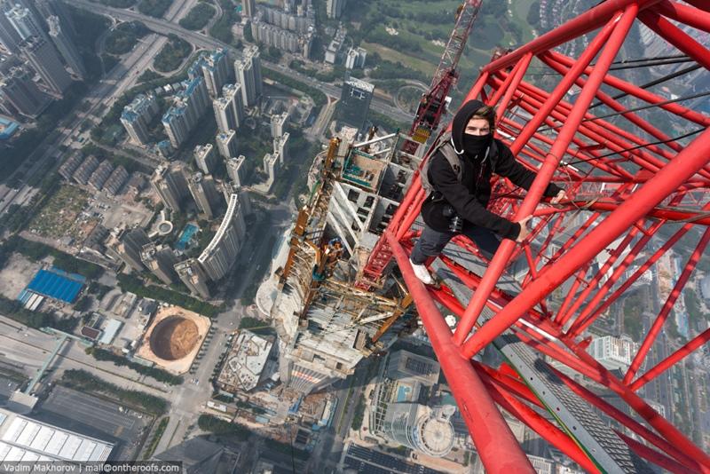 ロシア人 超高層ビル1