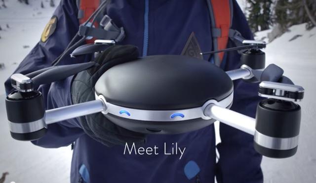 Lily 自動ドローンカメラ