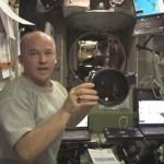【動画】国際宇宙ステーションのリブースト作業、機内の様子が面白い