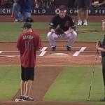 【動画】目の不自由な少年がメジャーリーグ始球式で見事ストライク