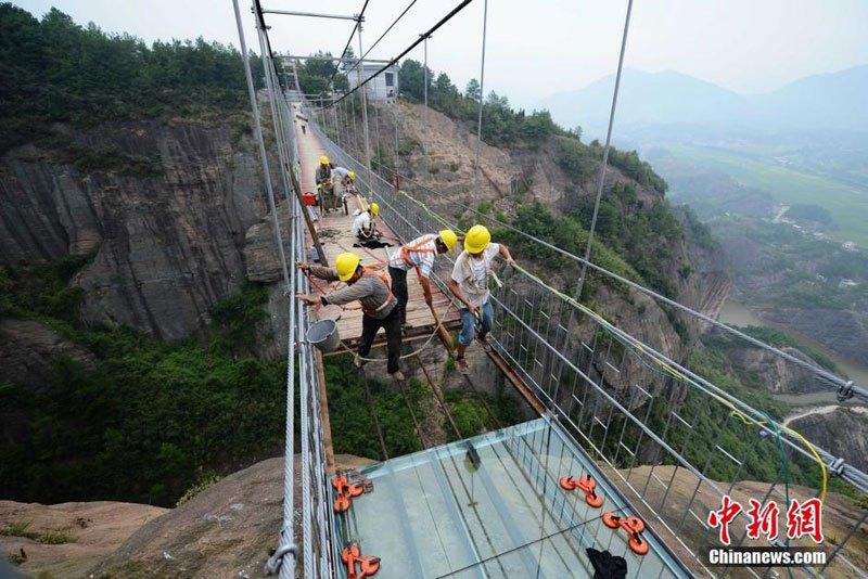中国 ガラス橋4