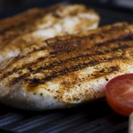 ベジタリアンの3人に1人が「酔っ払ったときに肉を食べる」、英クーポン会社調べ
