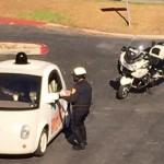 Googleの自動運転車が公道で警察に止められる、スピード遅すぎて