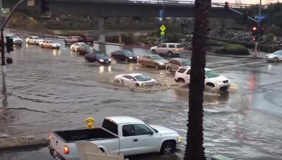 ランボルギーニ 洪水
