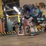 ちょっとした職場での嫌がらせにも耐えられる人型ロボット