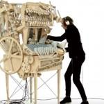 【動画】2000個のスチールボールが音を奏でる手作りの巨大オルゴール