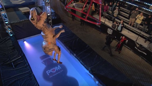 アメリカン・ニンジャ・ウォリアー 恐竜 1