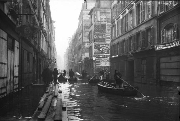 パリ大洪水 1910 セーヌ通り