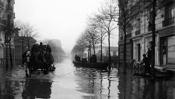 パリ大洪水 1910 2016 比較
