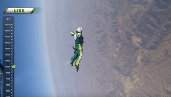 スカイダイビング パラシュートなし